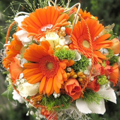 Brautstrauss-orange-weis
