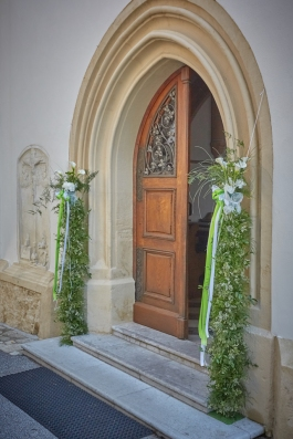 Eingang-Kirche